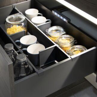 Organização e armazenamento para mobiliário de cozinha